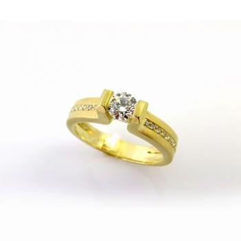 -Geometric diamond engagement ring