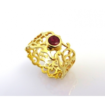 Ruby filigree ring