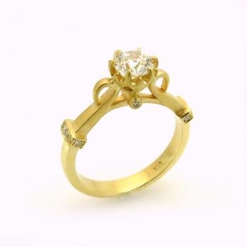 -Antique engagement ring
