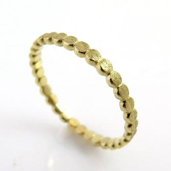 Dot stacking ring