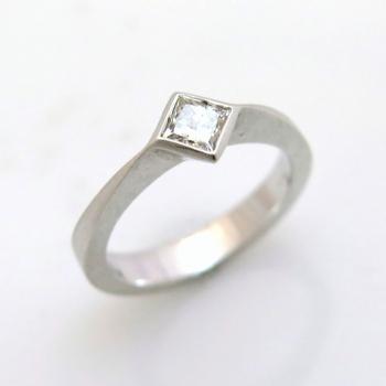 -Square diamond ring