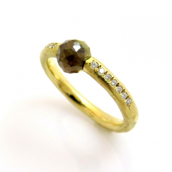 -Rose cut diamond ring