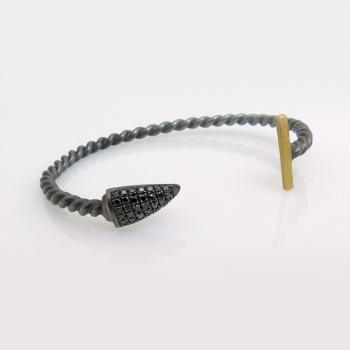 Wild twisted black bracelet
