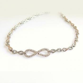 -Infinity chain bracelet
