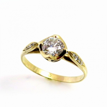 -Vintage diamond ring