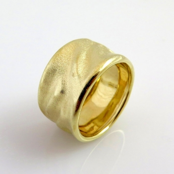 -Satin wide wedding ring